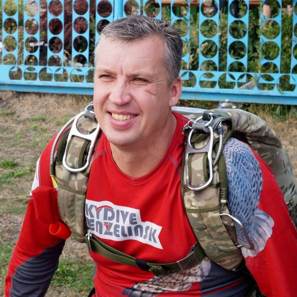 Кузенко Сергей Александрович, старший тандем-инструктор в аэроклубе Мензелинск